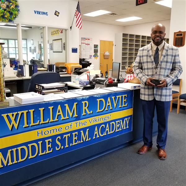 WRDSA Teacher Receives SCLC Award